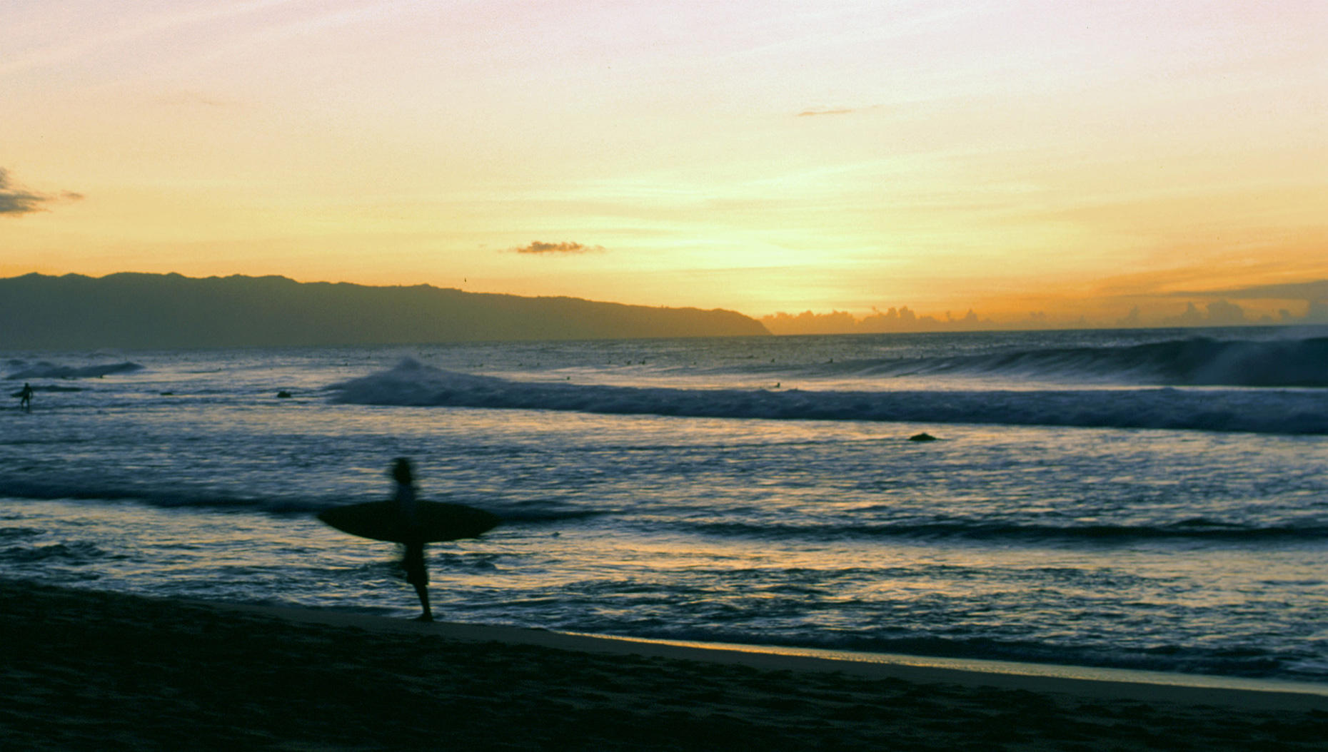 sunset-surfer-hawaii